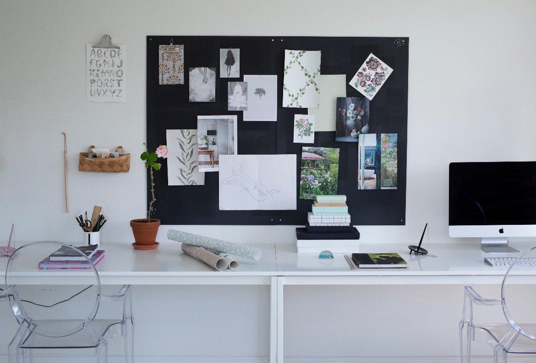 Kontor Sandberg Wallpaper Lina.jpg